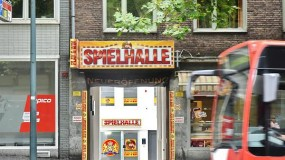 CASINO Spielhalle PLAY & WIN