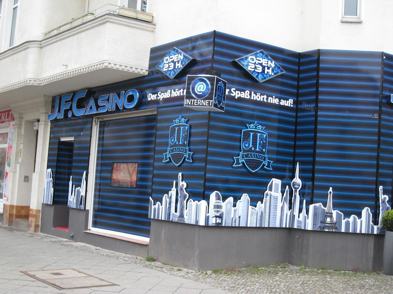 Beste Spielothek in Zehlendorf finden